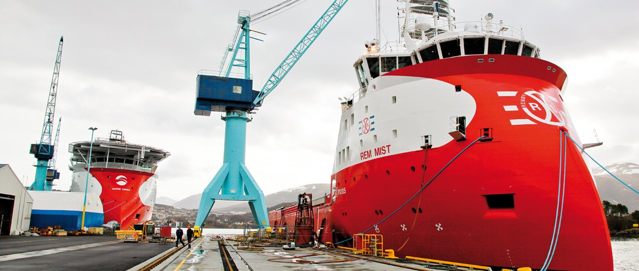 Sealing solutions for supply ships