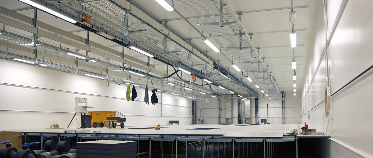 Sealing solutions for scalable data centers