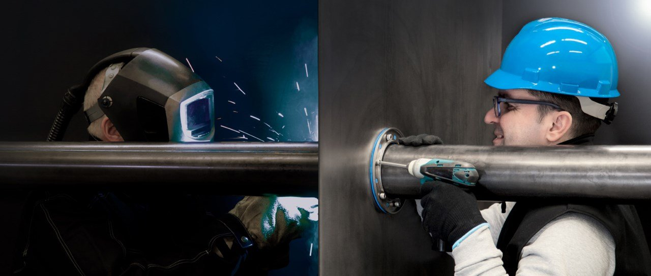 How to eliminate welding when sealing metal pipe penetrations