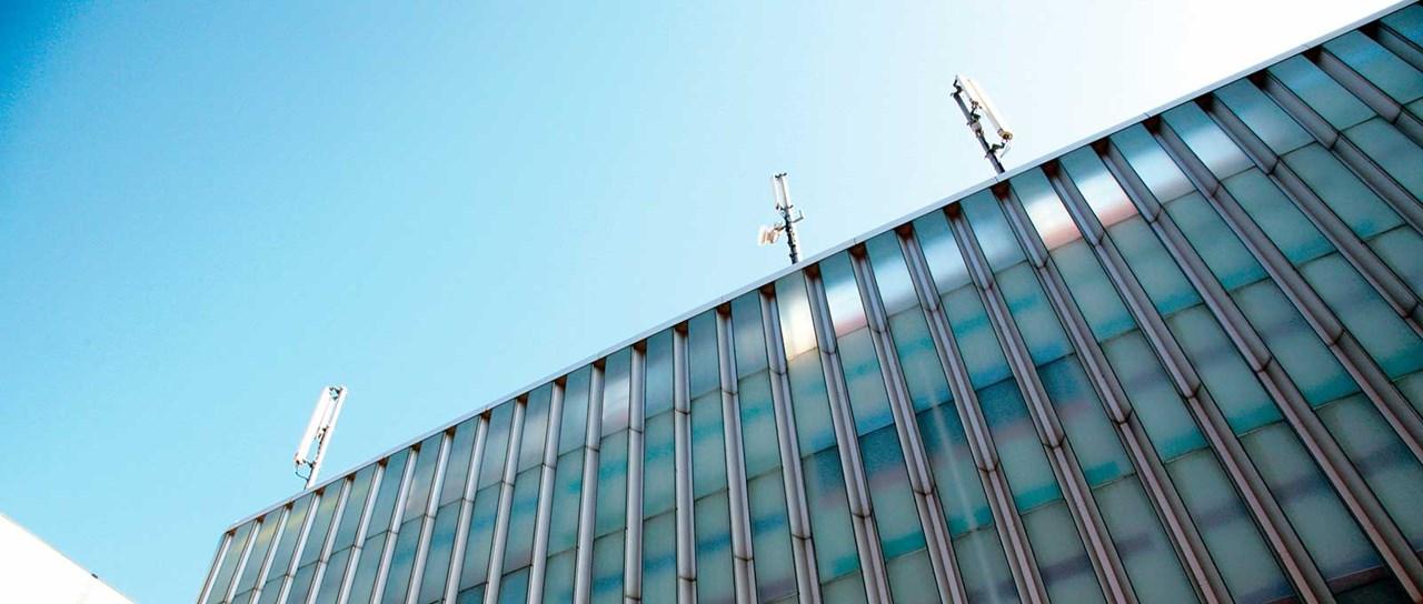 Kaapeliläpivientitiivisteet telecom-puolen kiinteään verkkoon